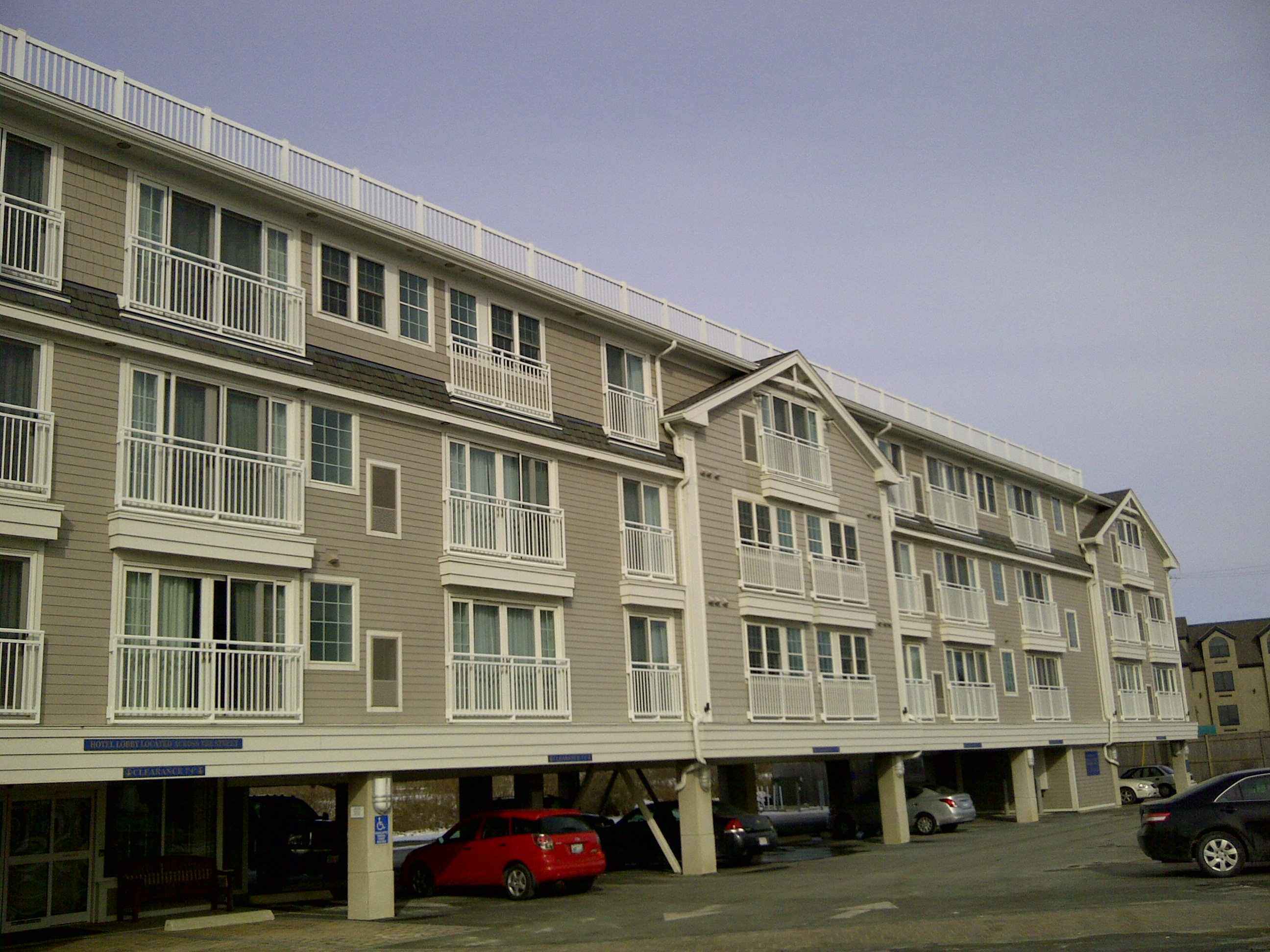 Commercial Gutters Installed On The Newport Beach Hotel