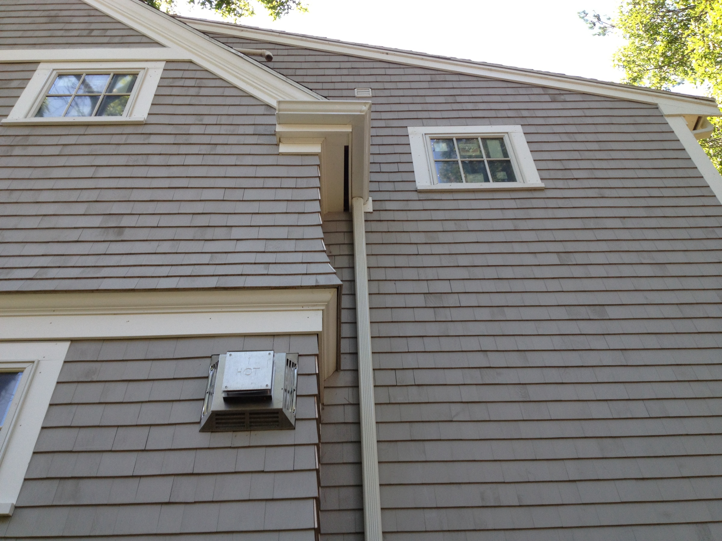 Seamless Aluminum Gutters On New Residence Plymouth Ma